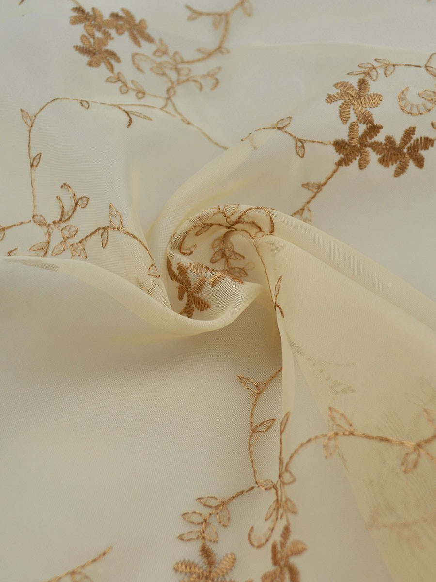 Qy7231a Elbert Sheer Curtains In White Panel Are Pretty And Look Fabulous For Bedrooms All The Embroideries Hand Made So Exquisite