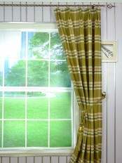 Hudson Cotton Blend Large Plaid Double Pinch Pleat Curtain