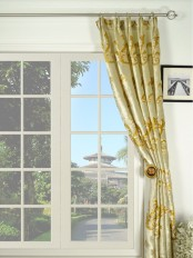 Hebe Mid-scale Scrolls Versatile Pleat Velvet Curtain