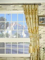 Hebe Mid-scale Scrolls Goblet Velvet Curtain
