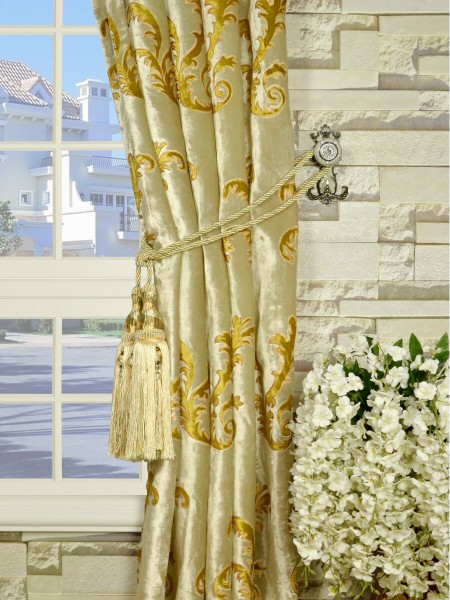 Hebe Mid-scale Scrolls Goblet Velvet Curtains Tassel Tiebacks